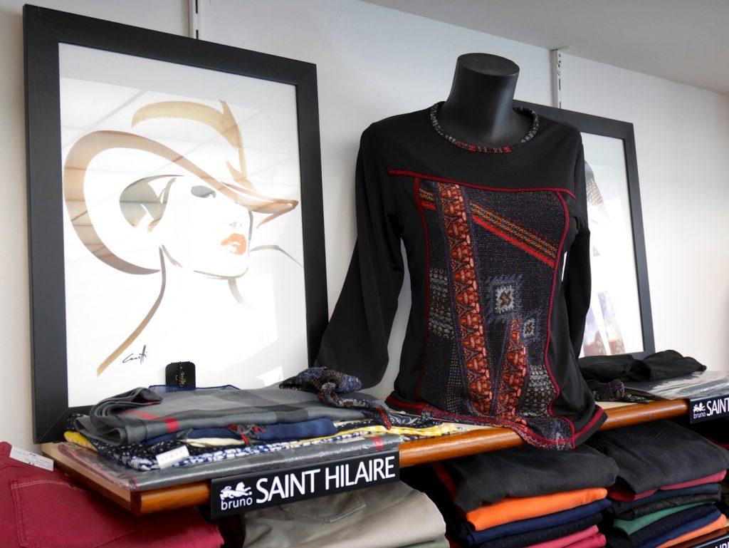 Pulls, t-shirts, écharpes Saint-Hilaire